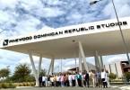 Foto Cuerpo Diplomático en estudios de cine