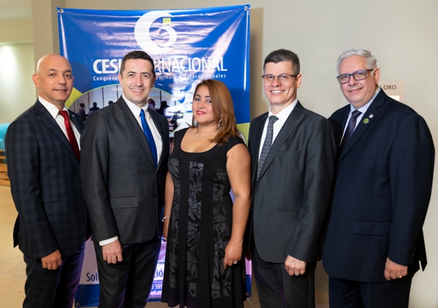 _CRG8363 Ojo pirncipal. Jean Carlos Bardot, Alberto Avila, Dicla Lopez, Edwin Granado y Enrique Cambier.