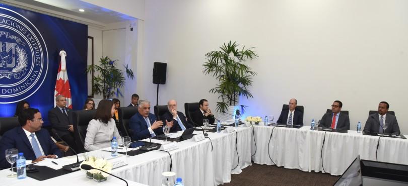 Foto reunión empresarios candienses