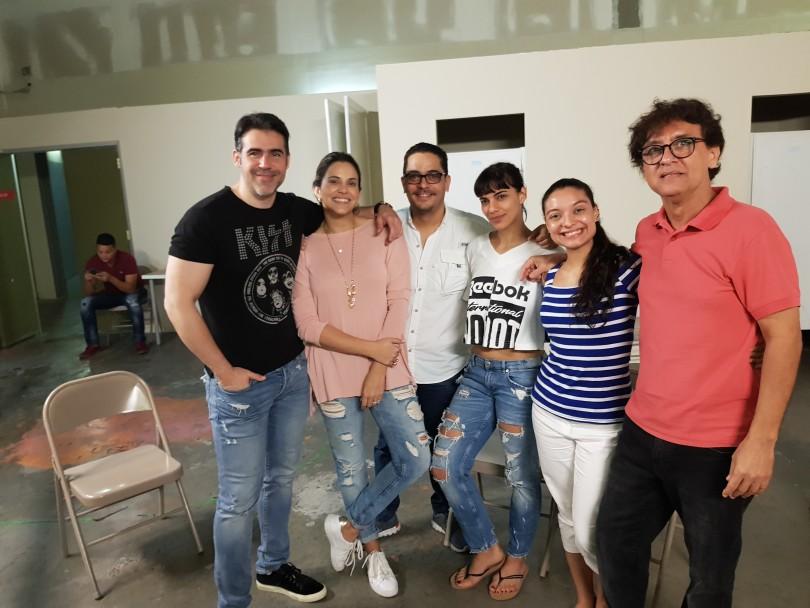 01.-José Guillermo Cortines, Pamela Sued, Luis José Germán, Nashla Bogaert, Johanny García y Manuel Chapuseaux