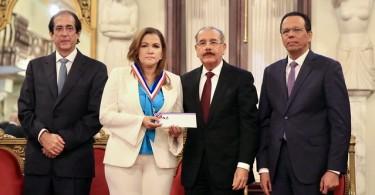medalla al merito2