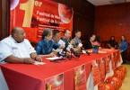DSC_0200 Miguel Feng presidente Comite de Festejos. Miguel Angel Reyes, Clara Joa,Ricardo Ng, Fai Chzung y Henya Tejada.